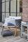 KAAT Amsterdam sierkussen Sisko zwart sfeer