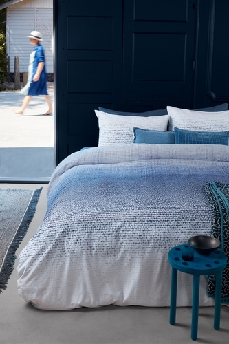 Beddinghouse dekbedovertrek Graphic Disorder blue